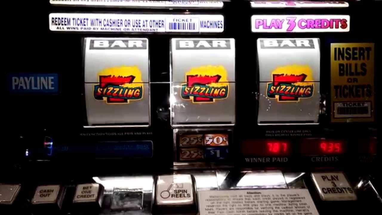 €670 Daily freeroll slot tournament at Slotty Vegas Casino
