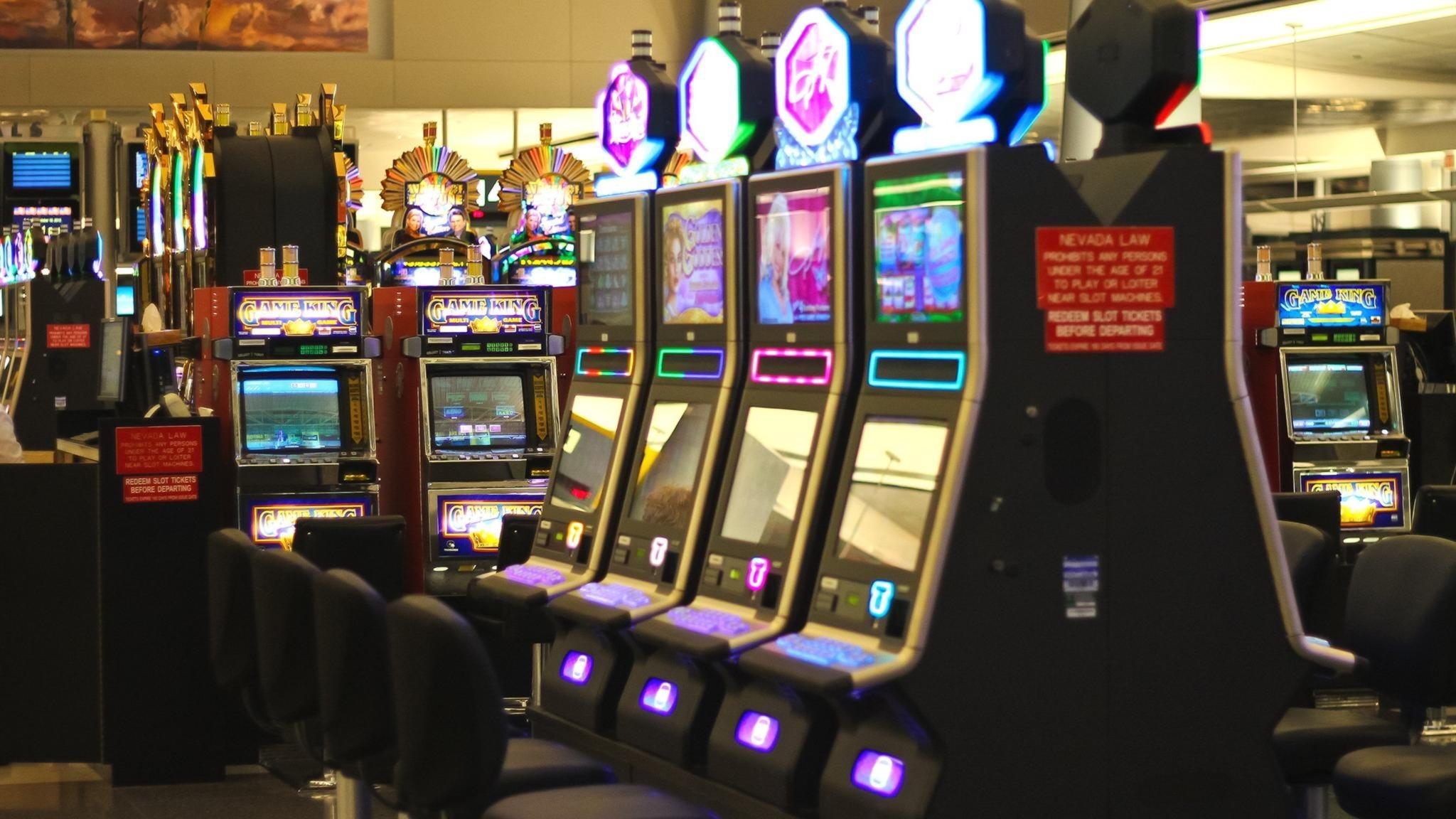 EUR 2525 No Deposit Bonus at High Roller Casino