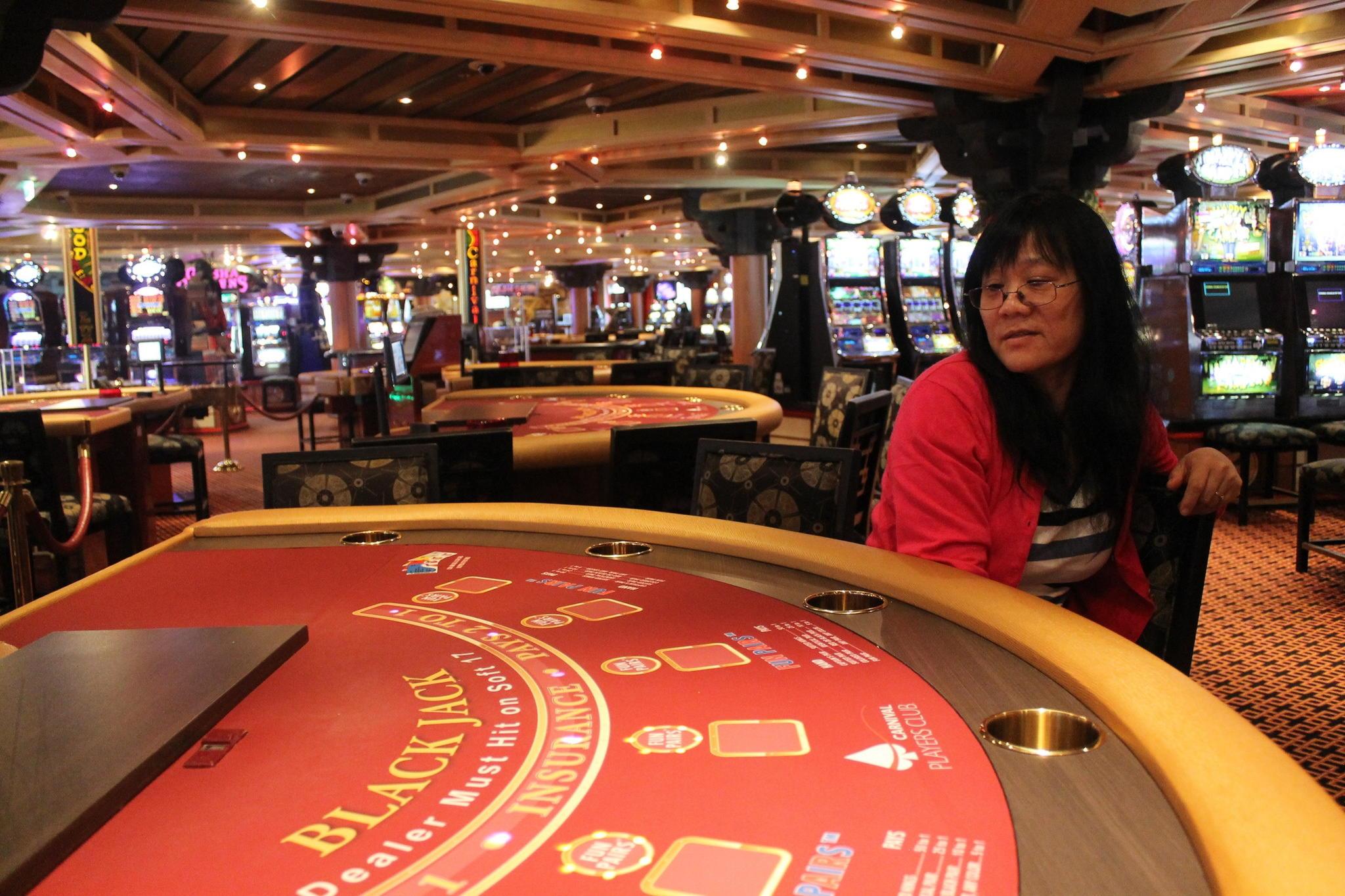 Bezmaksas griezieni 190 kazino High Roller