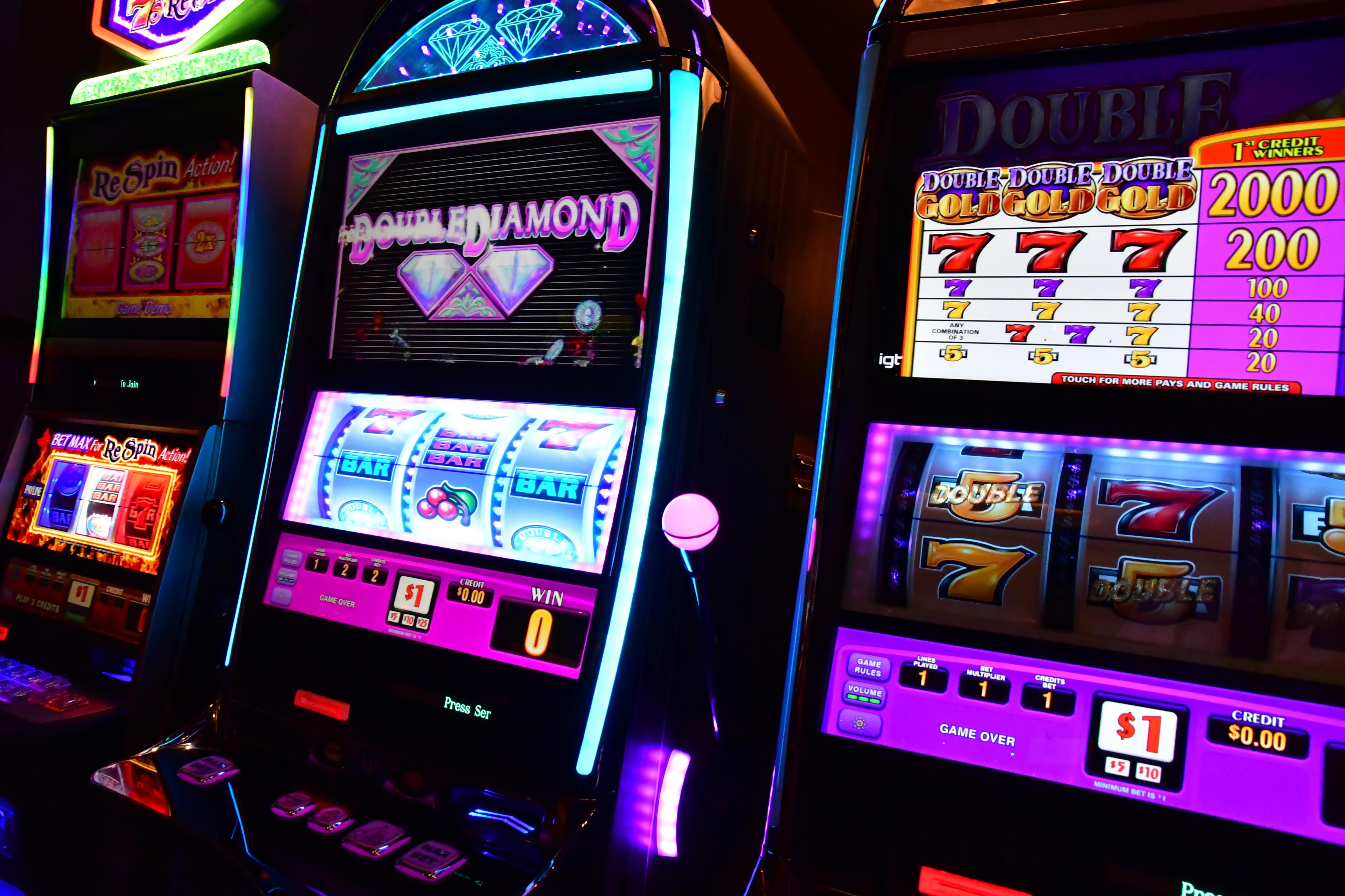 165 gratis spins casino på High Roller Casino