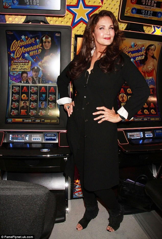EUR 305 gratis chipcasino på High Roller Casino