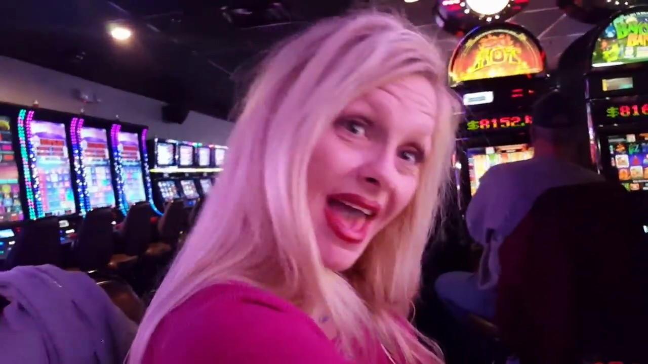 33 Loyalitetsfri spins! hos Casino Shadowbet
