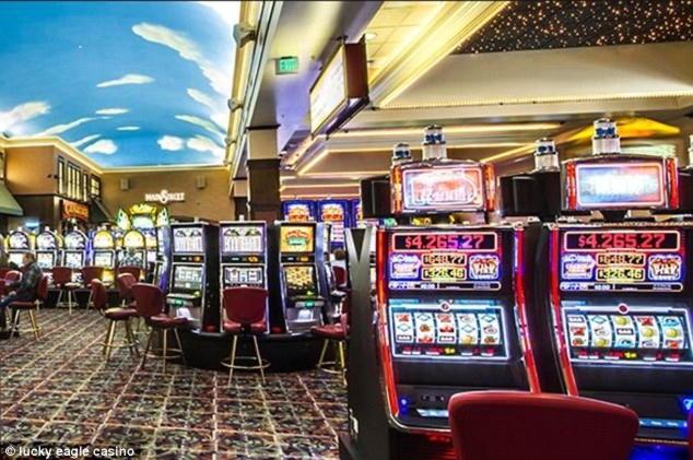 """""""105 Free Spins"""" nėra """"Mansion Casino"""" indėlių kazino"""