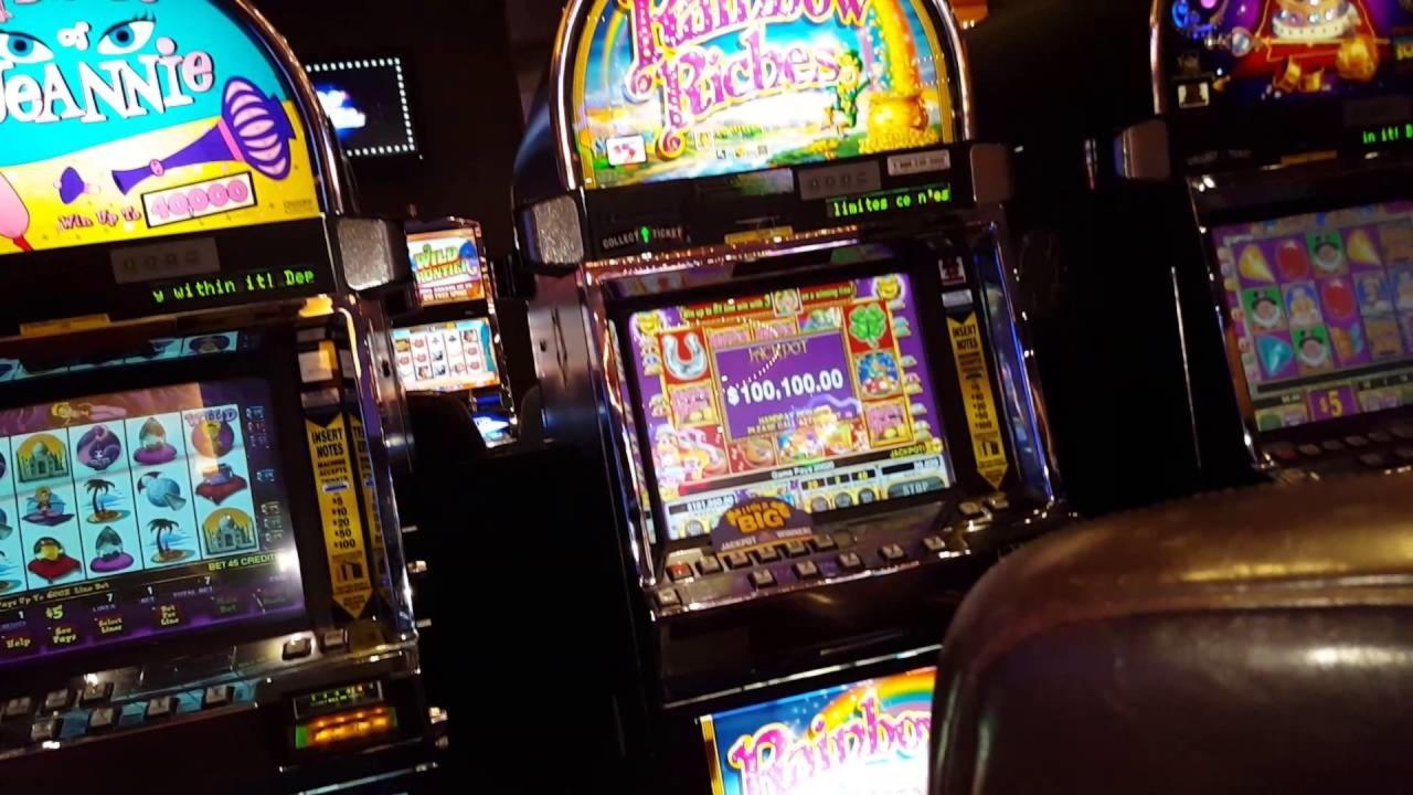 EUR 375 gratis casino-chip på Sloty Casino